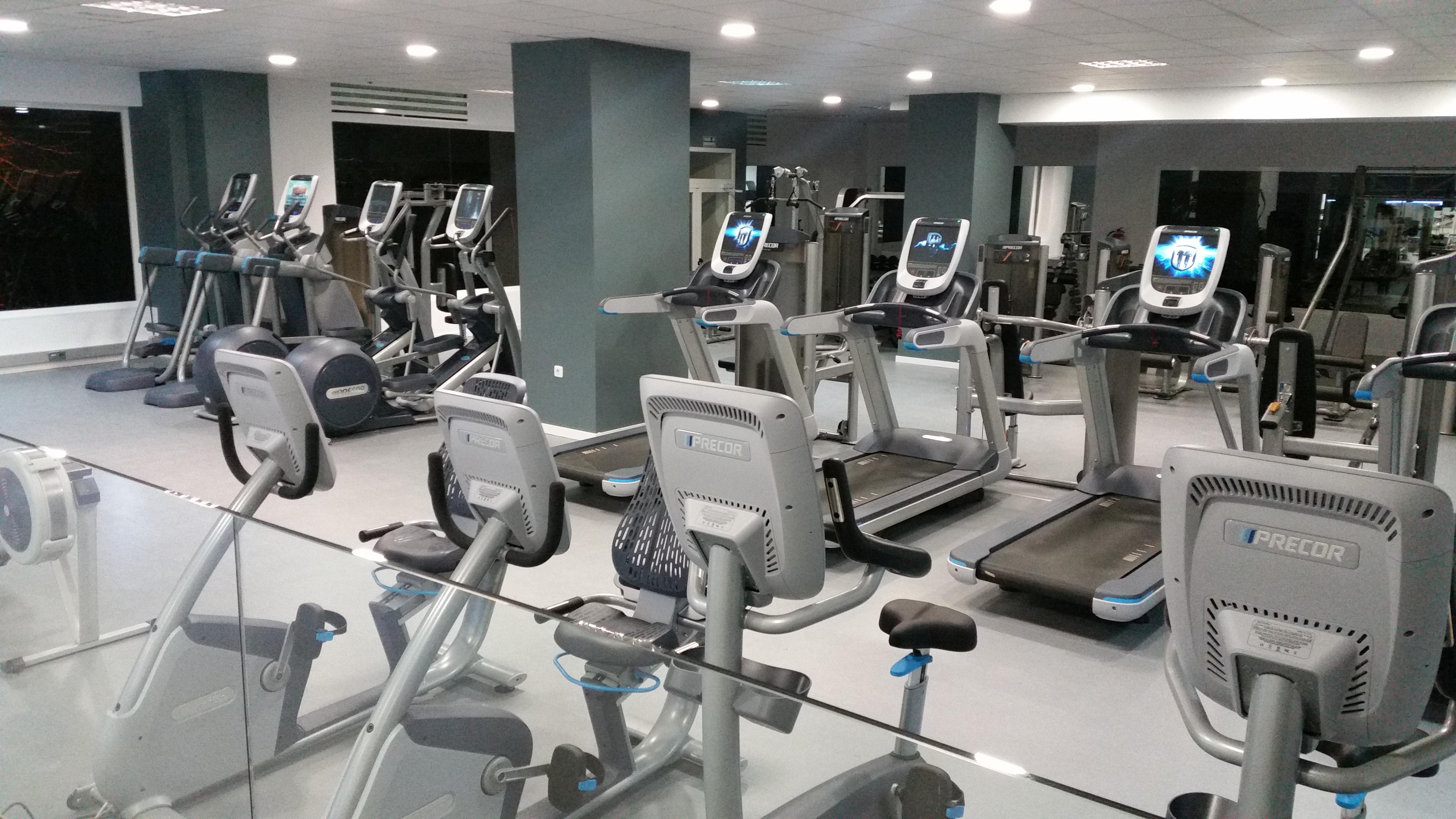 Centros de fitness gimnasios infinit fitness for Cadena gimnasios